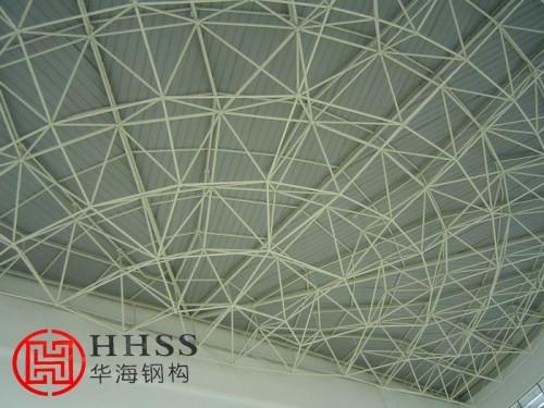 网架钢结构的技术特点