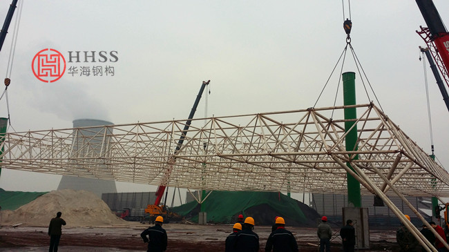大跨度轻钢结构网架设计施工安装方案探讨
